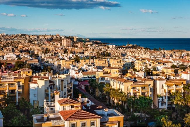 stadsvy över spanska torrevieja