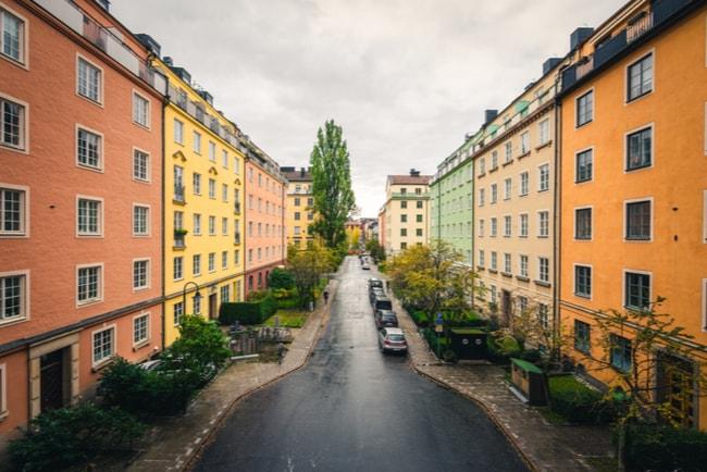 hus längs gata i Stockholm